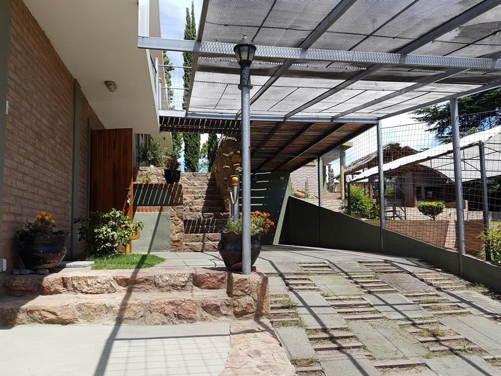 complejo en venta en villa carlos paz, frente al balneario,