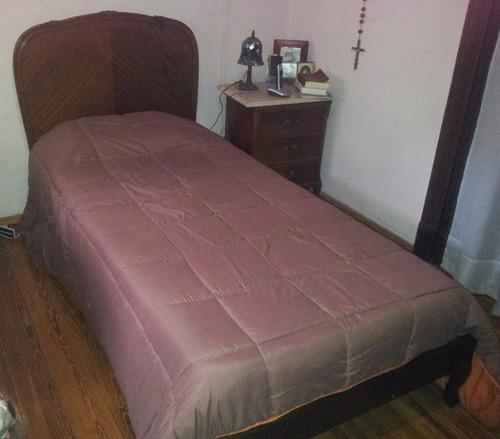 Completo juego de dormitorio de una plaza en for Juego de dormitorio usado