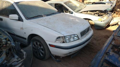 completo o desarmo y vendo partes volvo s40 aut. 4 cil 2002
