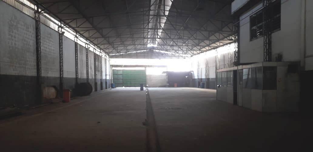 complexo industrial em ramos c/ área construída de 2780m²