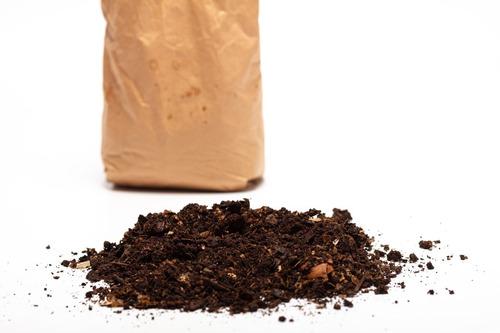 compostera domiciliaria negra 40 l con lombrices lumbricus