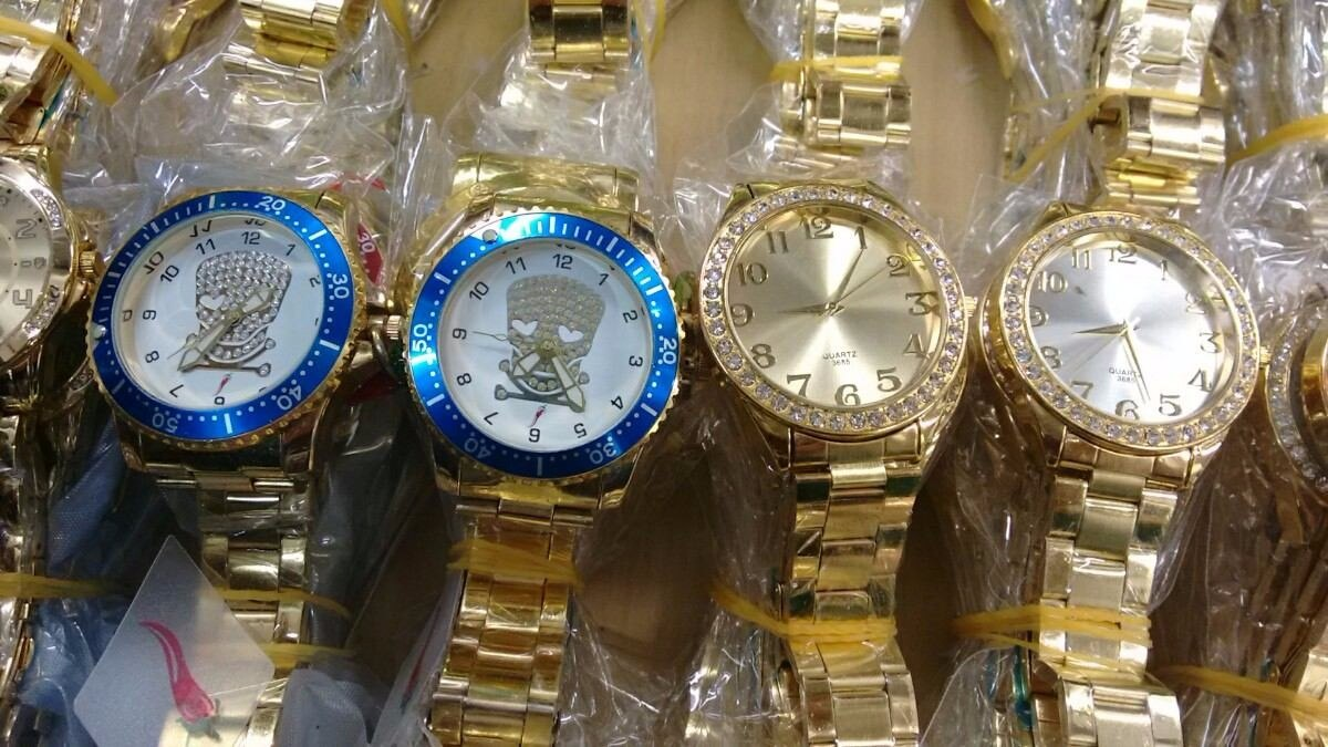 c456806429a comprar relógios femininos dourados para revenda 10 und. Carregando zoom.