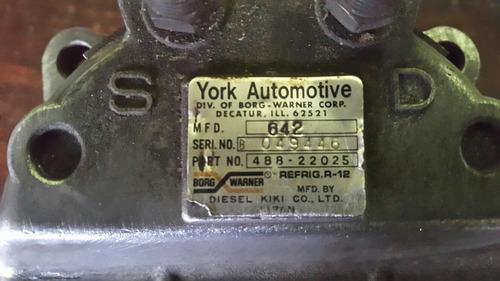 compresor a/c   adaptable  gandolas y camionetas marca york