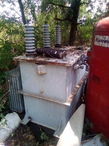compresor transformador  trifacico kva 225 33 000-254 volts.