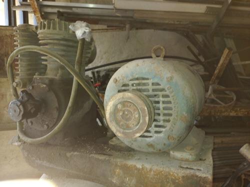 compresor vertical industrial vertical de 7 h.p  marca baldo