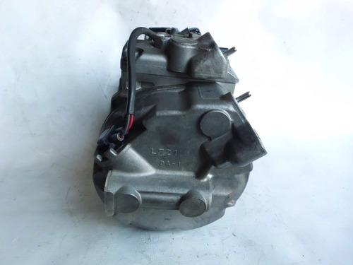 compressor do ar condicionado do bmw 325 / 2011