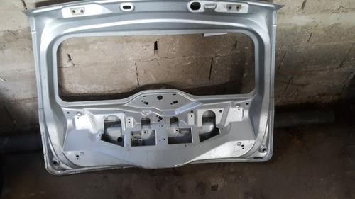 compuerta o tapa maleta de ford fiesta max move power origin