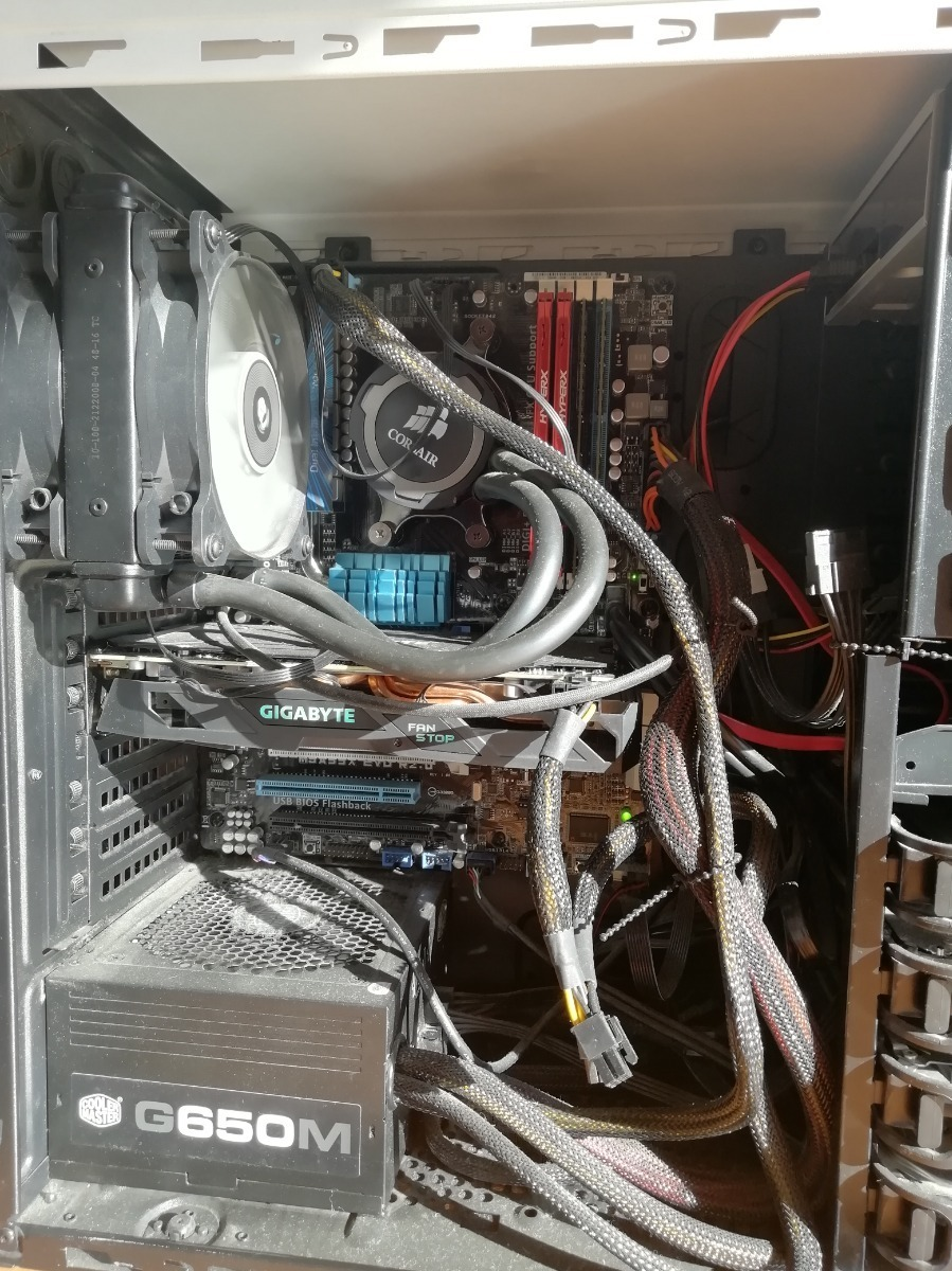 Computador Amd Fx-8350 32 Gb Ram Radeon Rx 850 500 Gb Ssd - $ 625 000