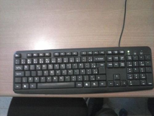 computador completo... modelo: aoc. cpu:cce