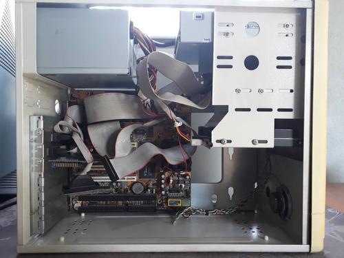 computador cpu pentium 233 com windows 95 instalado