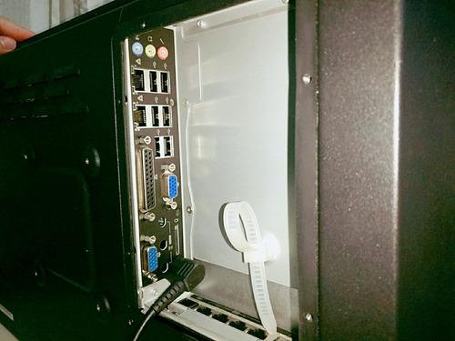 computador i3 tela 22  touch screen toten digital signage