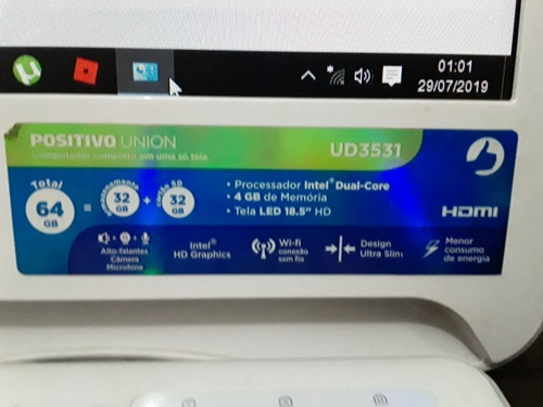 computador positivo integrado em uma so tela