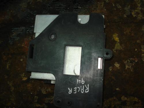 computadora de daewoo raicer 1994