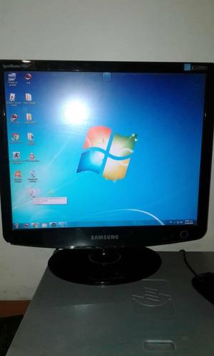 computadora de escritorio completa