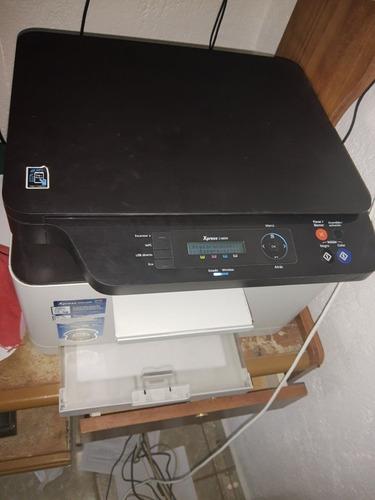 computadora e impresora