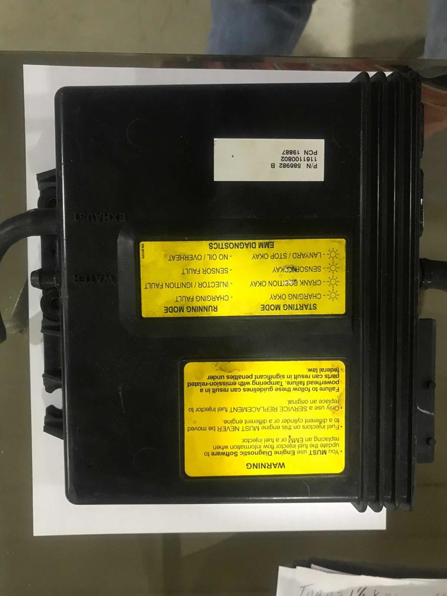 Computadora Motor Evinrude Fuera De Borda - Bs  700 000,00