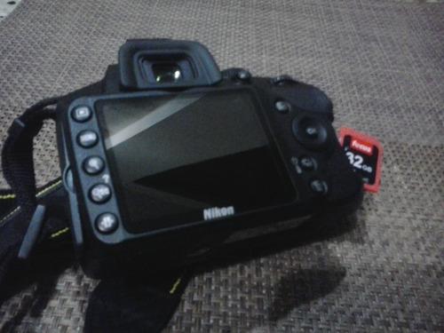 con accesorios cámara nikon