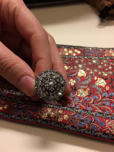 con circones anillo plata