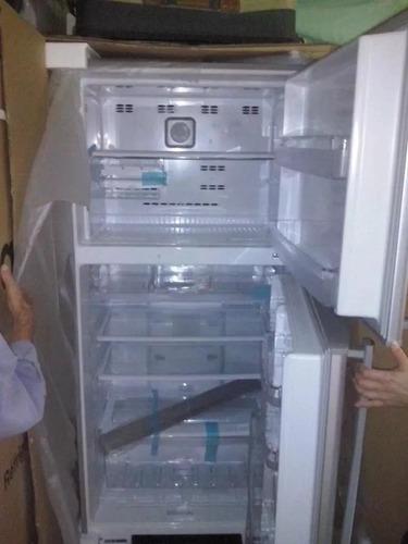 con congelador nevera