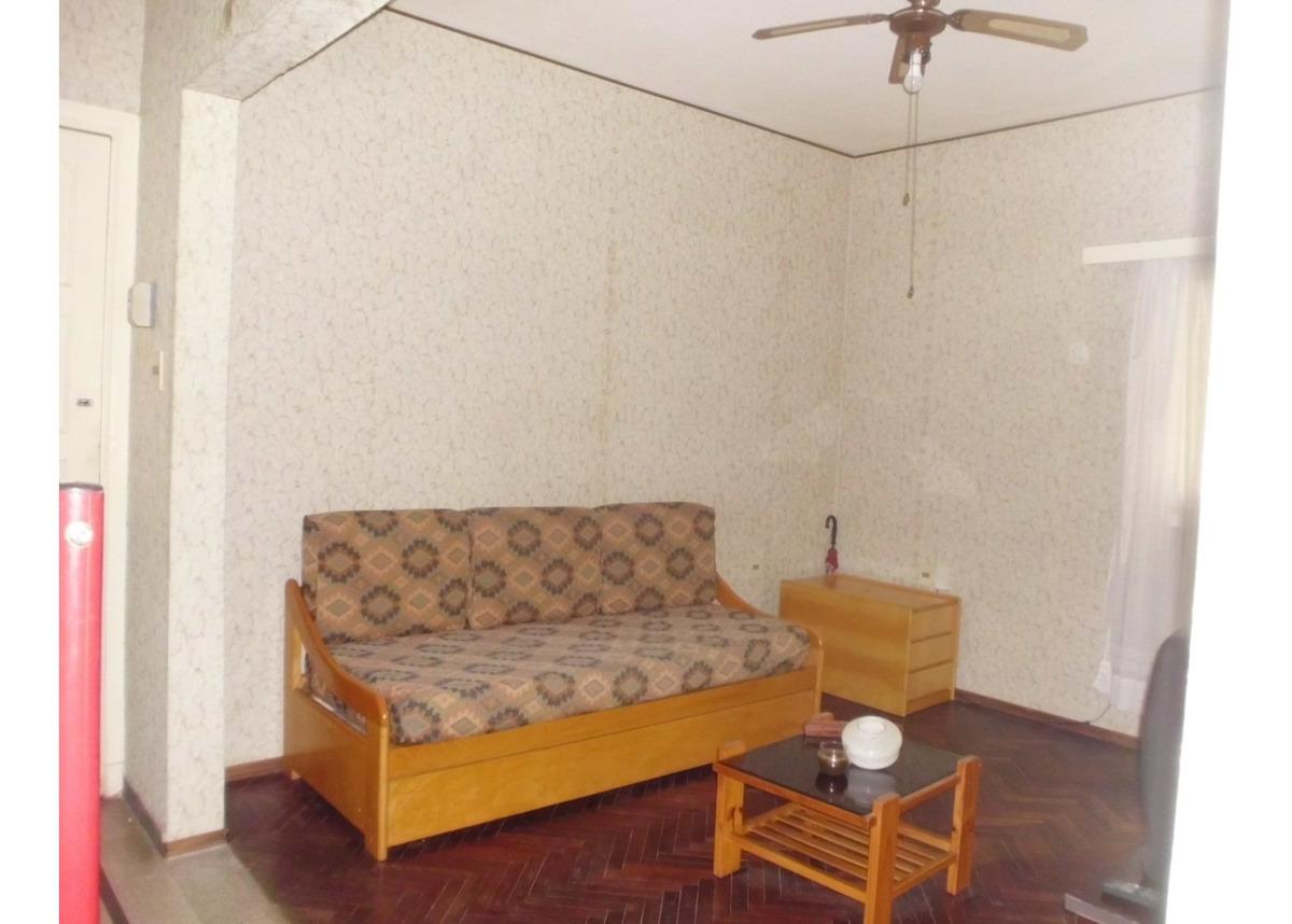 con muebles, 1ºpor escal. muy buen estado, luminoso y seguro