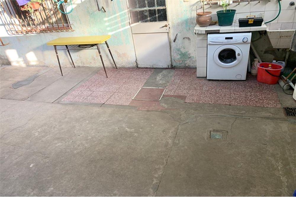 con patio, ph en p.baja!! entrada independiente.