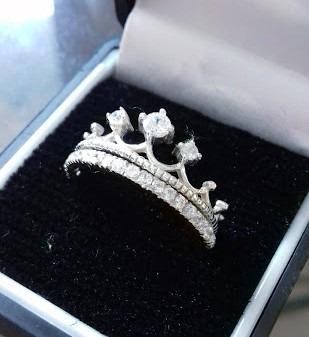 con plata anillo