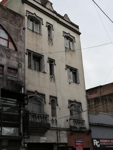 con renta $70.000 tucuman y av. pueyrredon 500 m2 en 4 plantas