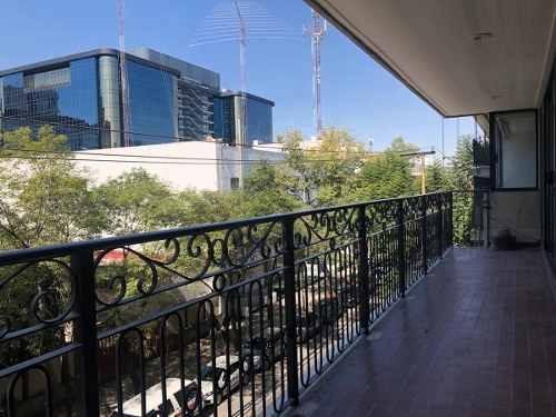 con terraza (con o sin muebles)