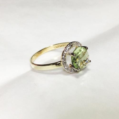 con zirconias anillo oro