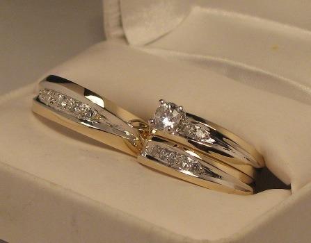 con zirconias anillos