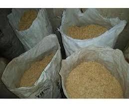 concha o cascarilla de arroz en sacos para camas profundas