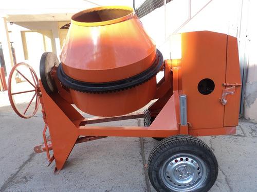 concretera nueva, motor 13,5 hp y 4 parihuelas