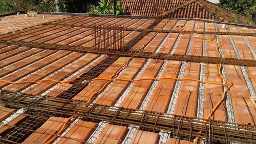 concreto bombeado , piso polido e lajes.