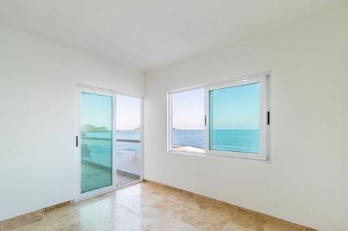 condominio en venta en mazatlan, a pie de playa