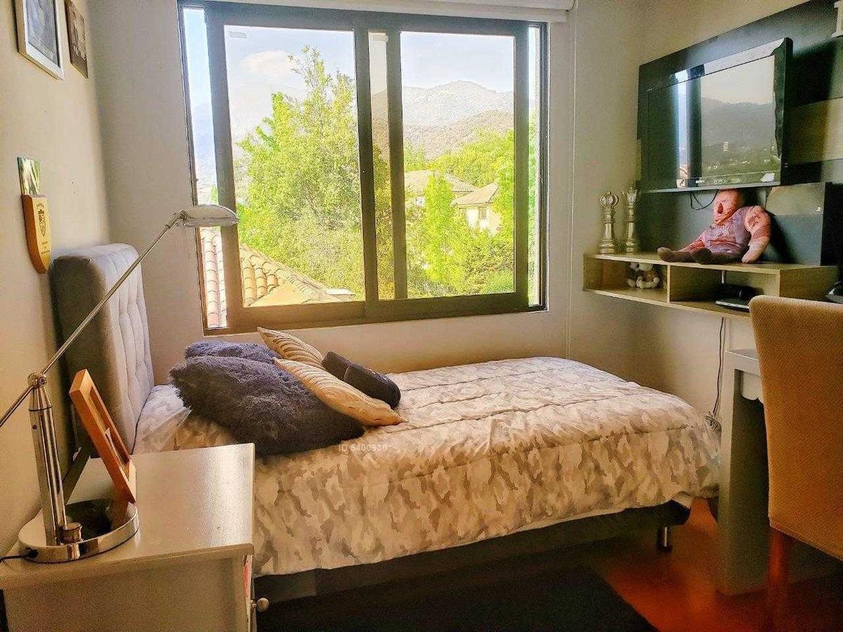 condominio exclusivo en el huinganal / colegio mayflower