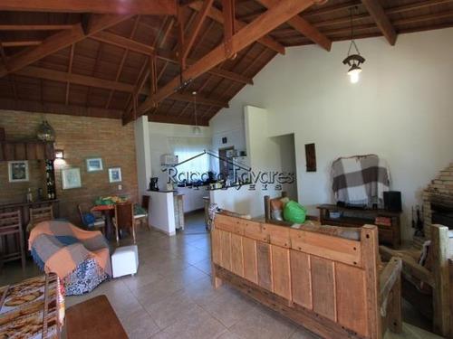 condomínio fechado em ibiúna/1608