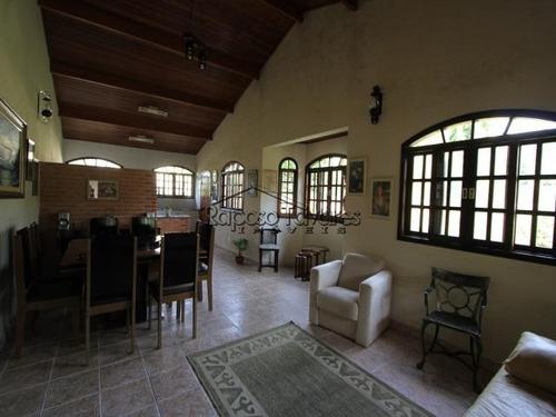 condomínio fechado em ibiúna/966