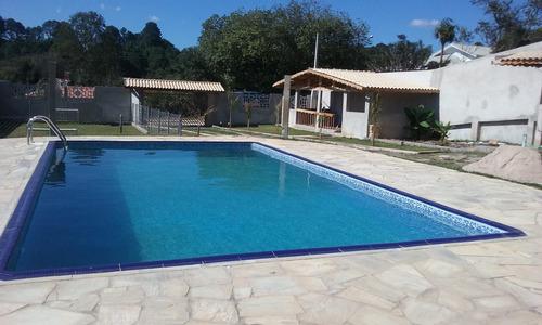 condomínio fechado ibiúna 1.000 mts casa nova e piscina