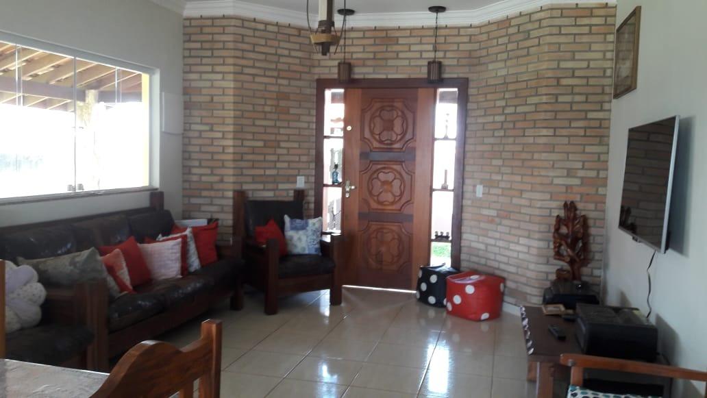 condomínio ibiúna 1.000 mts casa, piscina e churrasqueira  !