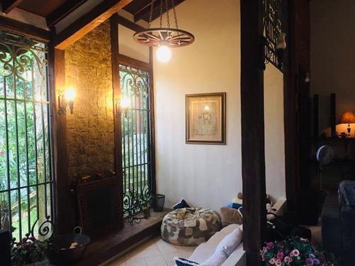condomínio ibiúna alto padrão ampla casa, piscina ac represa