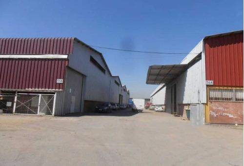 condominio industrial con 15 galpones