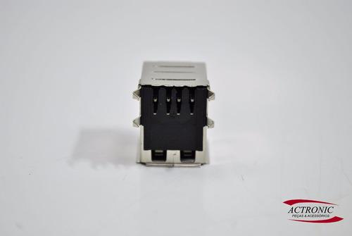 conector com peças)