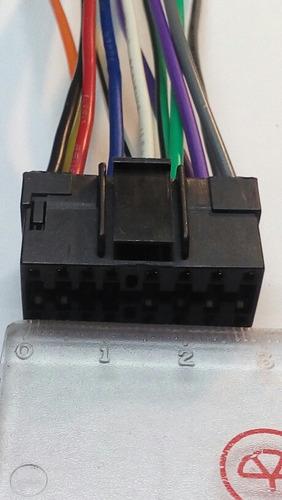 conector de radio radio cd kenwood solo con fusible abajo