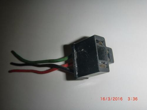 conector para bombillo h-4