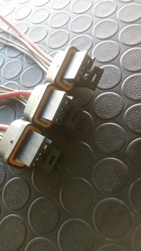 conector regulador alternador century fi 4 pines