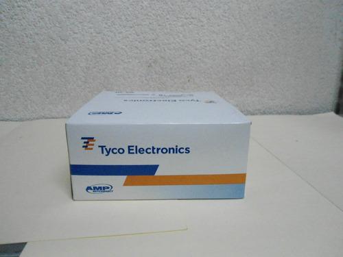 conector rj-45, cat. 5e, modelo 5-0554720-3. caja con 100 pz