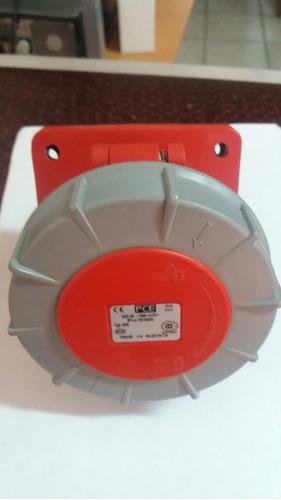conector trifasico 32 amp