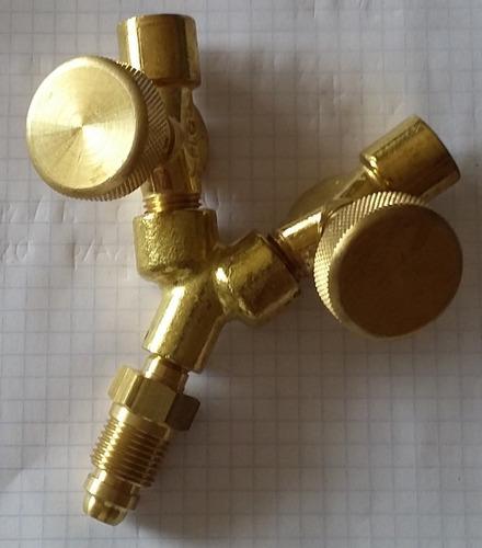 conector y de latón presión máxima 200 p.s.i.g argon