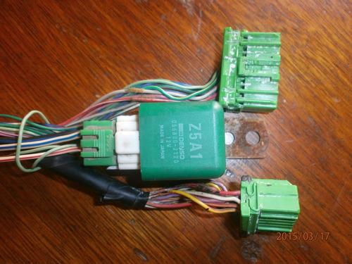 conectores verdes para computadora ford laser 97 automático