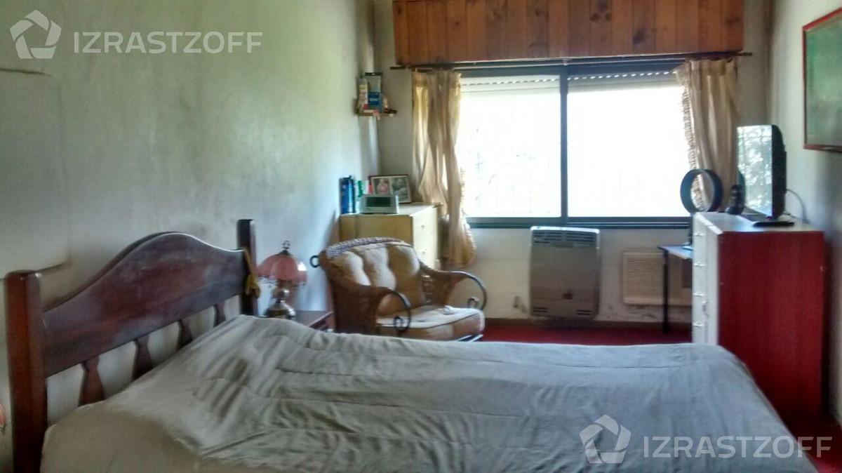 confortable casa en  de vicenzo chico